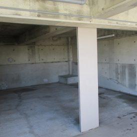 1階駐車スペーススロープ
